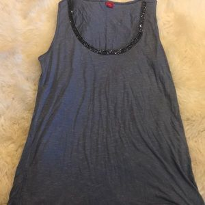 Steel gray tank with sparkles
